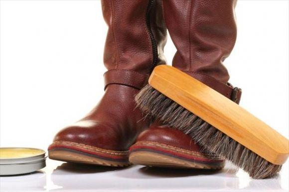 Як захистити своє взуття взимку  Поради для кам янчан від майстра ... ffad60abce340
