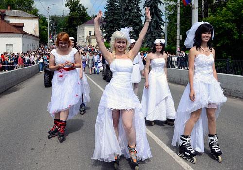 свадьба на роликовых коньках