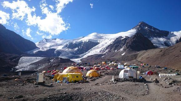 Промежуточный лагерь на горе Аконкагуа
