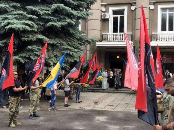 Одеса провела в останню путь воїна УДА, Народного героя України Володимира Галагана 02