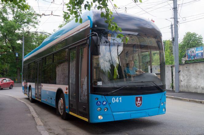 c5d11e2b45a7d5 Тролейбуси «Вінниця» купують по запчастинам. І зроблять ще три ...