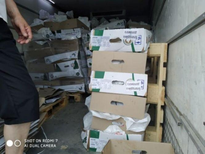 На Винниччине от имени главы фракции Тимошенко в облсовете раздавали курятину и пиццу (Фото), фото-2