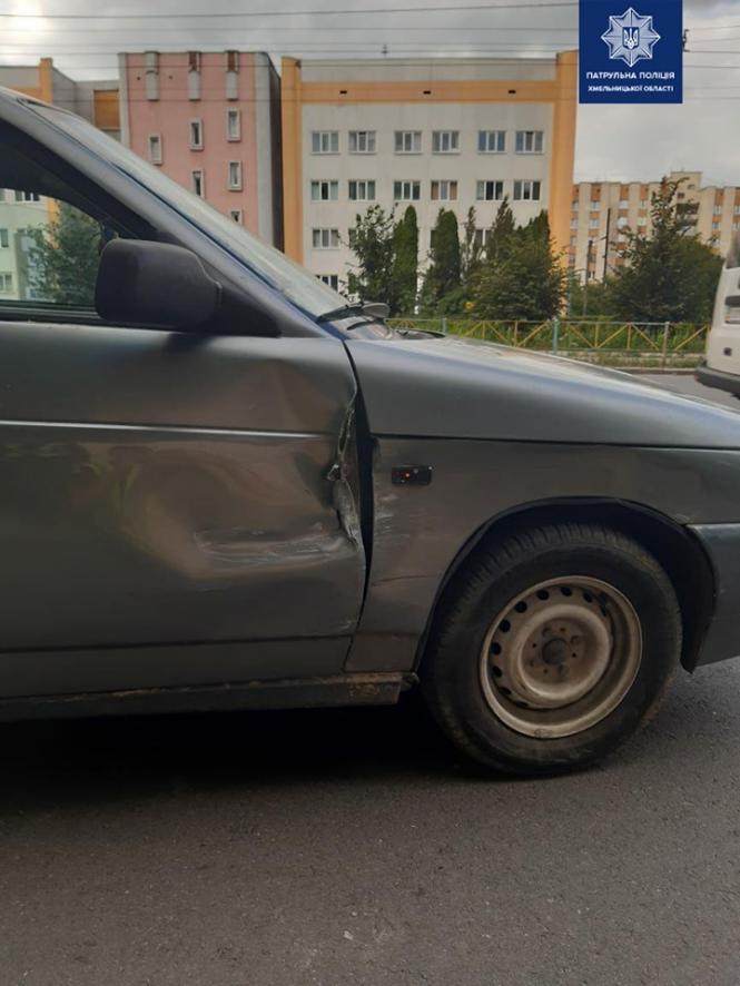 На данном изображении может находиться: автомобиль