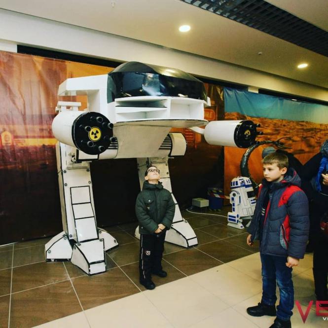 Виставка роботів та трансформерів з металу у Хмельницькому
