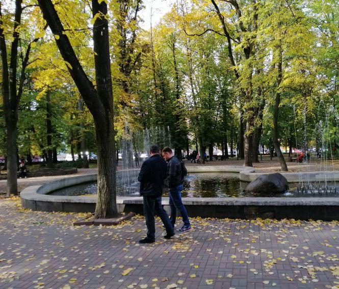 В парку Шевченка досі увімкнені фонтани