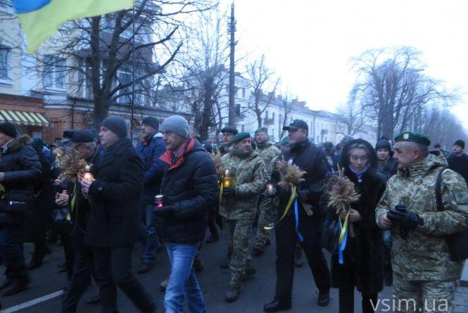 Скорботна хода та тематичний флешмоб: хмельничани вшанують жертв Голодоморів