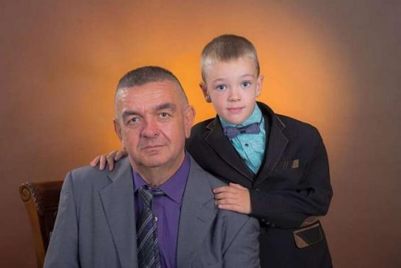 «Я вже переніс дві операції на нирках»: батьку 7-річного хлопчика потрібна допомога