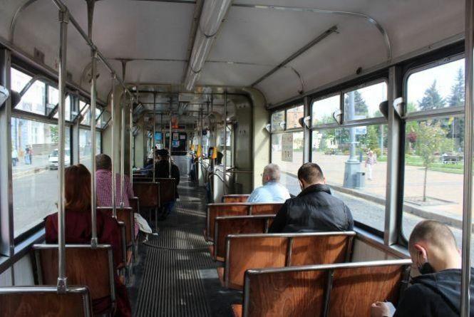 З 22 травня відновлюють роботу частини громадського транспорту. ОПИТУВАННЯ