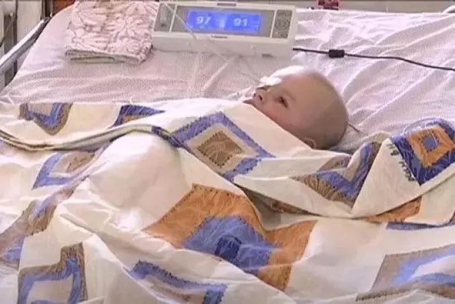 На лікування маленького Павлика збирають шахраї. Офіційні реквізити для допомоги
