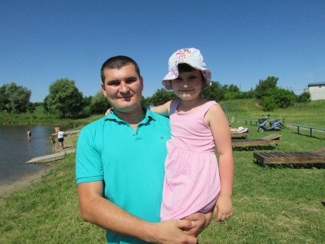 Вадим Трембовецький з семирічною донечкою Поліною