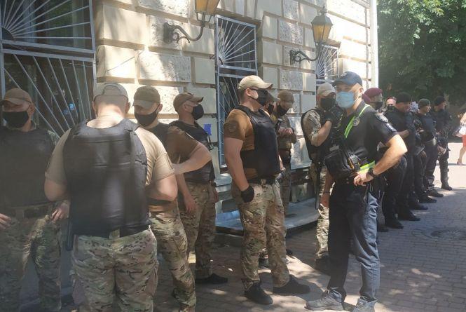 Андрія Вербецького арештовували без преси і з посиленою охороною порядку біля суду