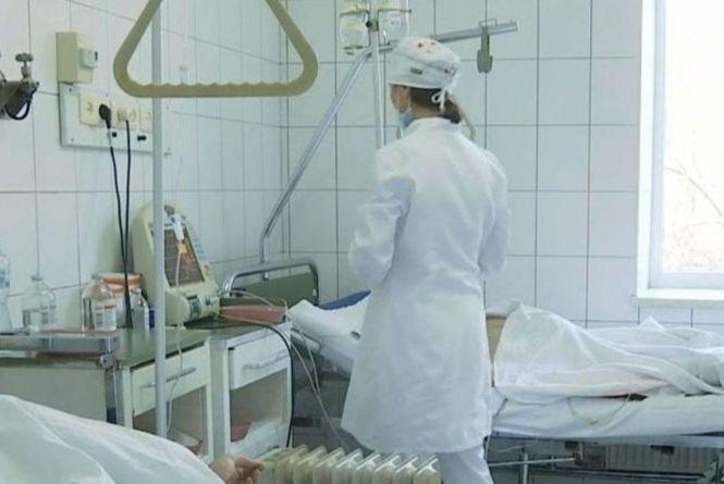 На Вінниччині від коронавірусу померли 45-річна жінка та 51-річний чоловік