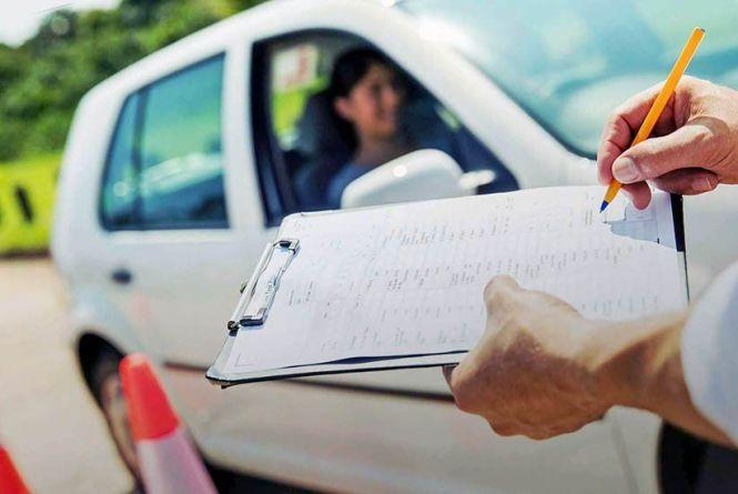 Екзамени – тільки «під відео», а водійський стаж відтепер підтвердити простіше