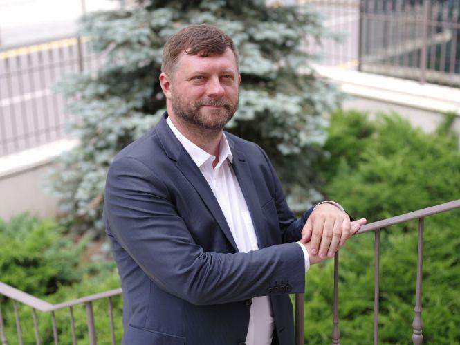Олександр Корнієнко, голова партії «Слуга Народу»