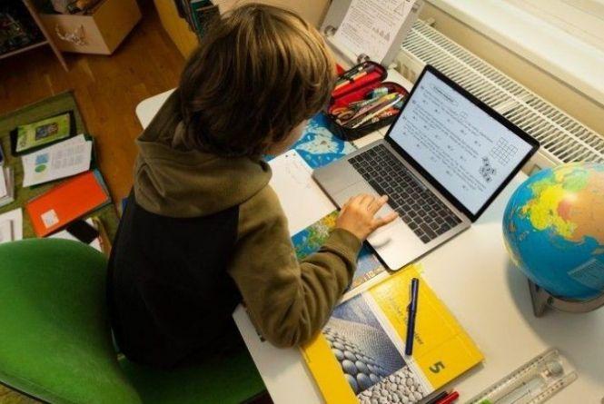 Міносвіти оновило умови дистанційного навчання. Що змінилося для школярів?