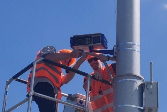На Київському мосту прибрали камеру автофіксації. Які результати роботи?
