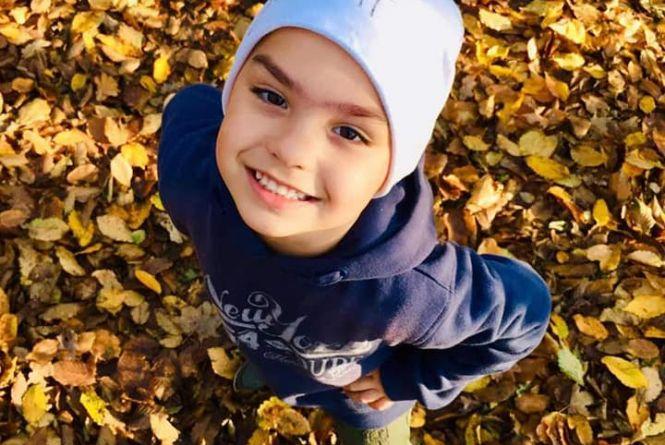 """""""Сашко завжди був веселий, хвороба прийшла несподівано"""": допоможіть 5-річному хлопчику з Чорткова"""