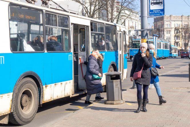 У транспорті Вінниці хочуть відновити пільговий проїзд без обмежень
