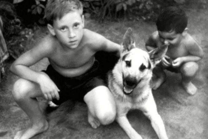 Володимир Висоцький на канікулах у Гайсині. Фото зірок, чиє дитинство проходило на Вінниччині