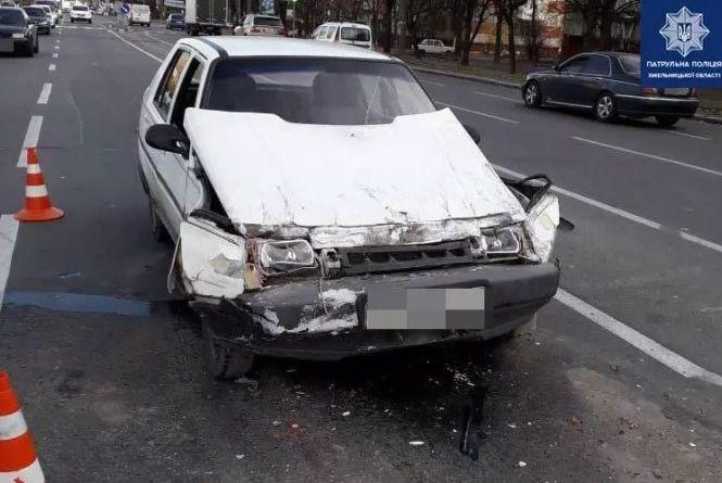 Травмовані пасажири та 42 п'яних за кермом: хроніка ДТП у Хмельницькому