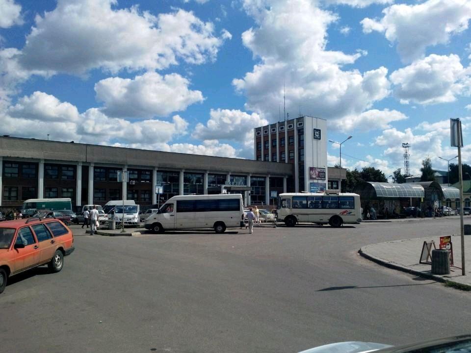 """Про """"мінування"""" коростенського вокзалу повідомив 29-річний житель Радомишльського району з психічними розладами"""