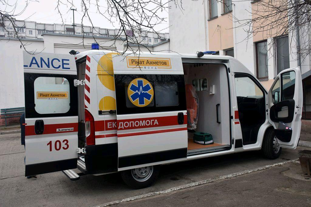 Коростень отримав новий автомобіль екстреної медичної допомоги
