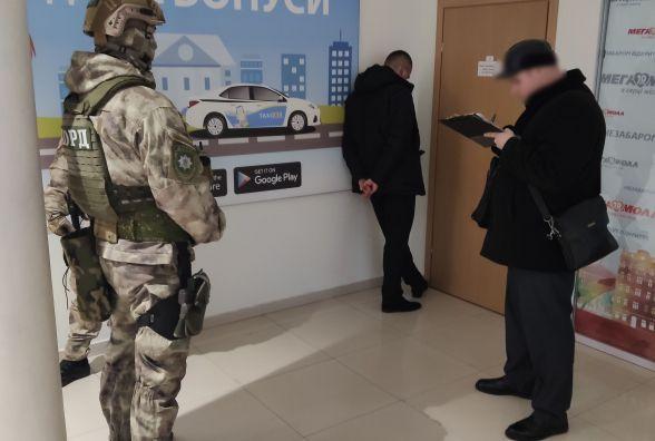 «Руки за спину, поліція» показали, як у Мегамоллі КОРД затримував вимагача