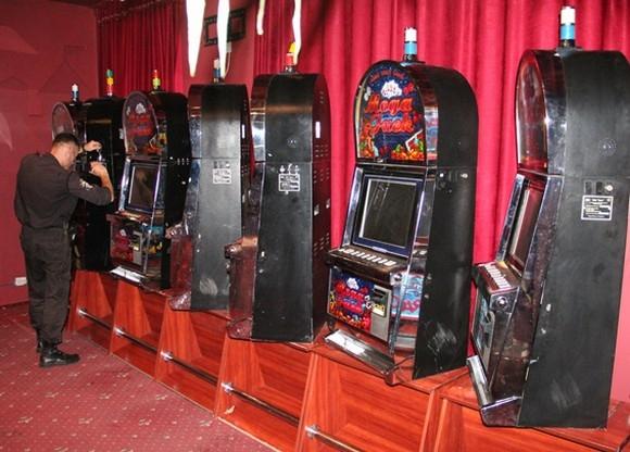 Продовження роботи казино Вакансії в Shangri-La