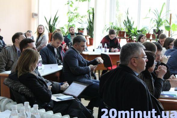 Що має змінитися у Вінниці? У бібліотеці Бевза презентують нові ідеї іміджу міста