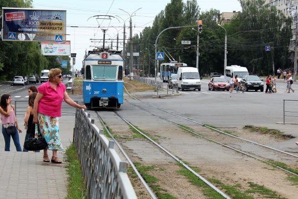 На Вишеньку перестануть їздити трамваї. Буде ремонт колій на Келецькій